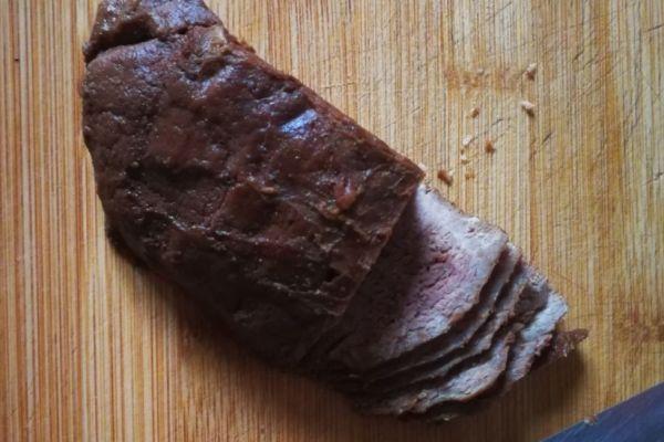 香辣牛肉先卤后拌才最好吃第十步