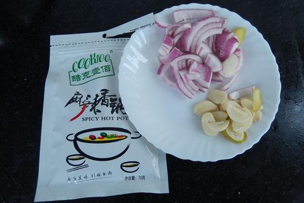 美味干锅小排骨第三步