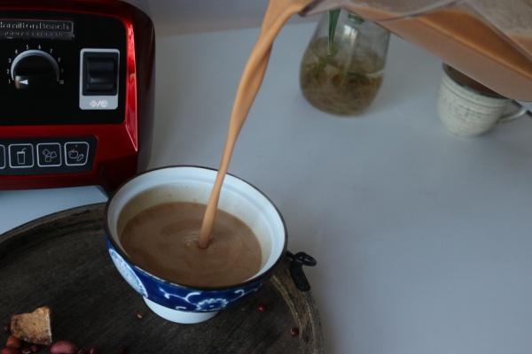 特别适合女性的一种汤水,五红水制作简单,特别适合早餐饮用第八步