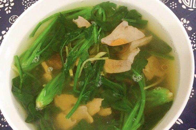 菠菜猪肝,荤素融合,营养美味