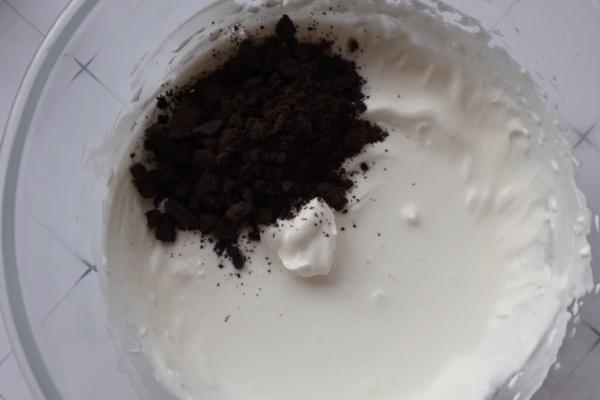 纸杯奥利奥麦旋风冰淇凌——带给你一个甜蜜的夏日第三步