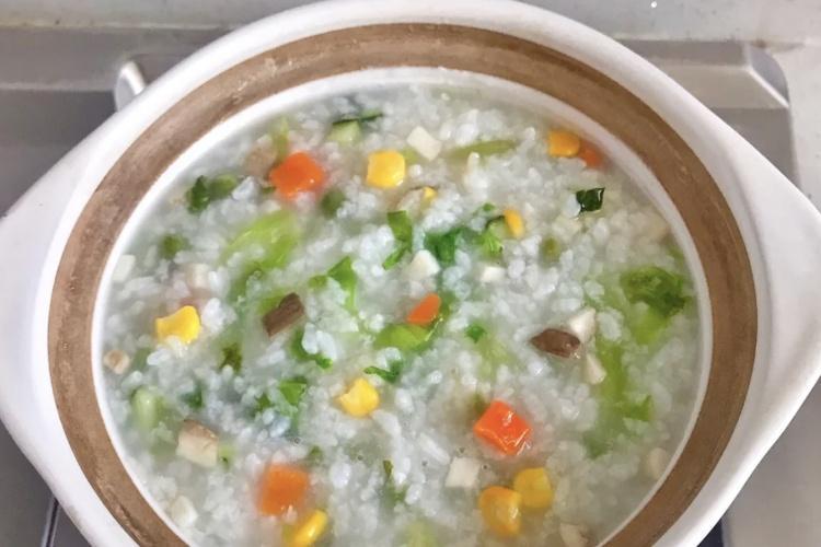 清淡又营养的潮汕沙锅粥,只加蔬菜也能爆好吃!
