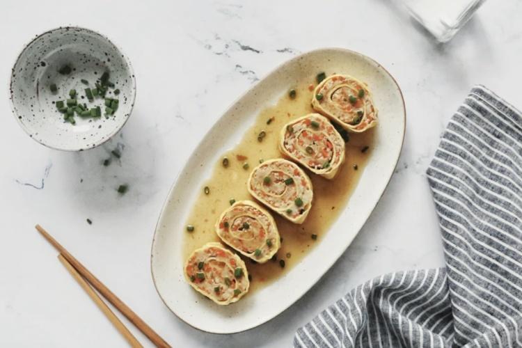 怪味鸡蛋肉卷——简单快手的美味早餐