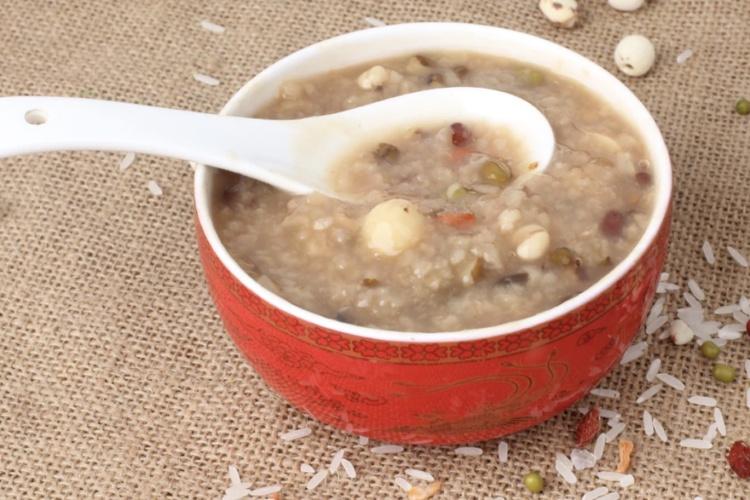 莲子红枣粥——任何季节都适合的粥