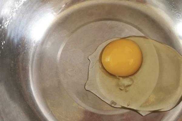 懒人版本的酸奶芒果钵仔糕第一步