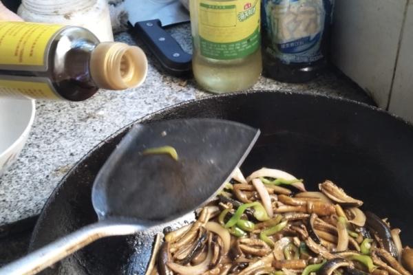软兜长鱼不仅香软滑口,而且味道鲜美,配合白米饭真是绝了第九步