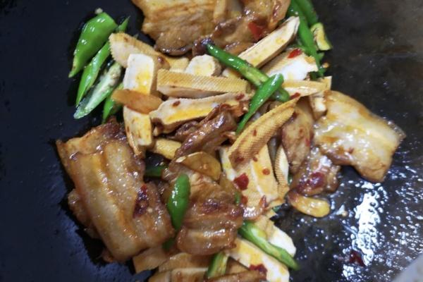 豆干回锅肉——超级下饭的一道菜第九步