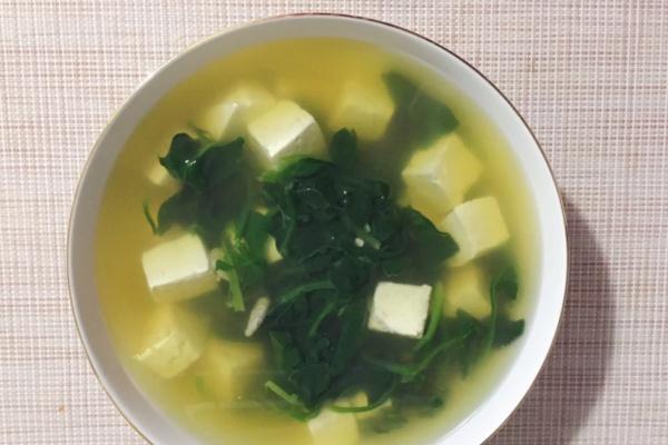 菠菜豆腐汤——素食者的最爱第九步