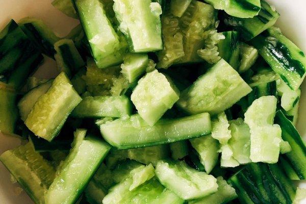 吃了赞不绝口的拍黄瓜,超简单超入味第二步