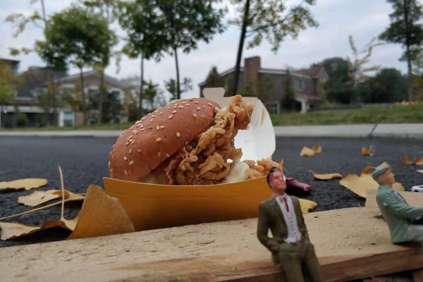 汉堡店的利润是多少